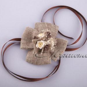 сватбени бутониери, гривни за шаферки, сватба в рустик стил, натурални материали