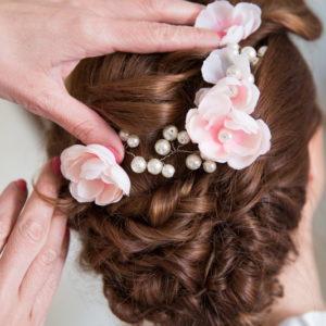 сватба, булка, аксесоар за коса, цветя за коса, перли