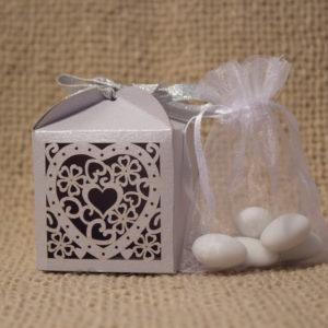 кутия бонбони, сватба, кърщене,сребро , сватбена, бонбониера
