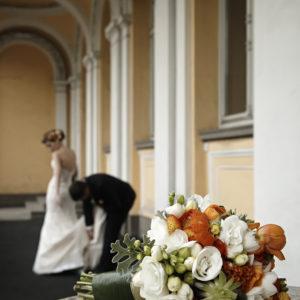 сватба, сватбена декорация, фрезия, пролетна сватба, сватба експо, оранжева