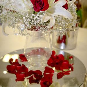 сватба, сватбена декорация, сватба в холидей инн, букети за сватба