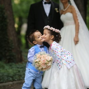 сватба, булченски букет, сватбен букет, букет от рози