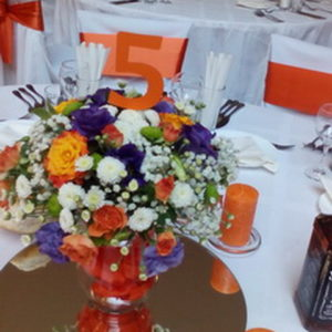 сватба, декорация сватба, ресторант българия, оранжева сватба, номера маса