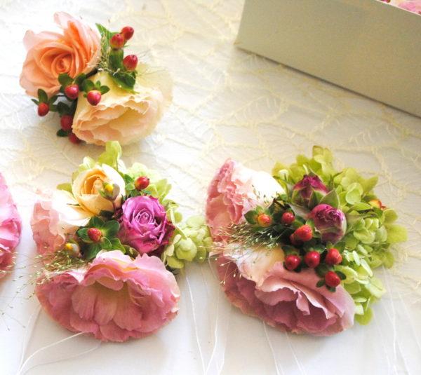 сватба, гривни, шаферски, бутониера, букет, декорация