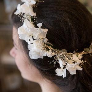 сватба, булка, стабен, аксесоар, коса, хортензия, есетствени цветя, венец