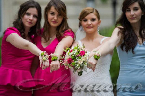 сватба, булченски, букет, шаферки, гривни