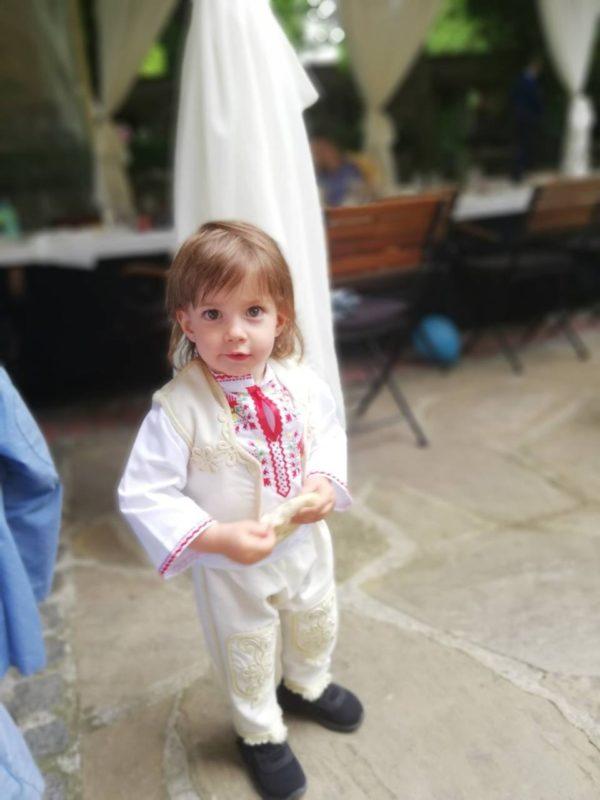 детска носия, носия за кръщене, кръщене момче, народен стил
