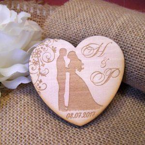 сватбени магнити, подаръци за гости на сватба, дървени магнити,