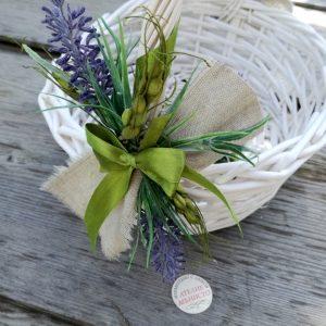 сватба с лавандула, кошница за късмети, декорация с лавандула