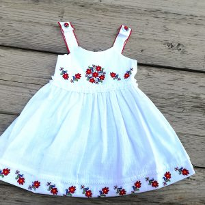 дерхи за кръщене , кръщене народен стил , детска рокля с шевици