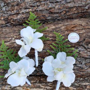 сватба с орхидеи, декорация с орхидеи, бутониери за родители, хортензия